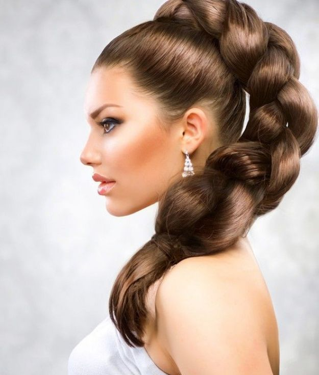 Объемная коса в хвосте на выпускной ::: onelady.ru ::: #hair #hairs #hairstyle #hairstyles