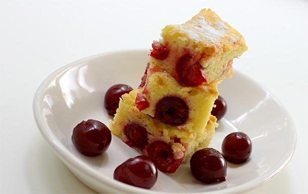 Beledobálós sütemény