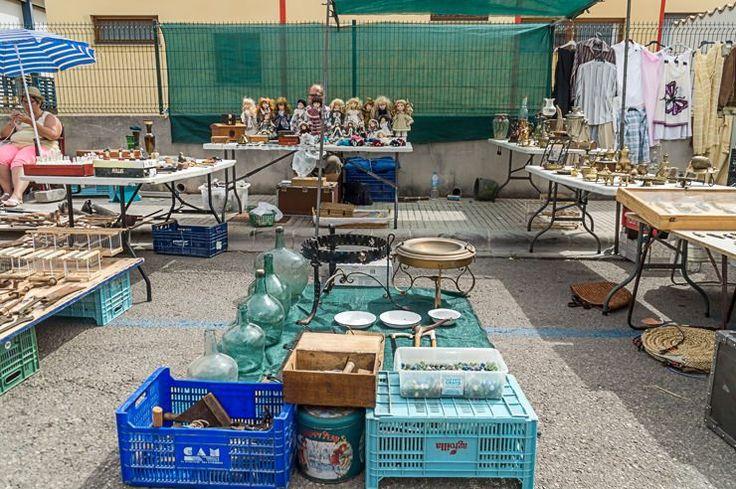 Großer Flohmarkt / Trödelmarkt in Consell auf Mallorca jeden Sonntag.