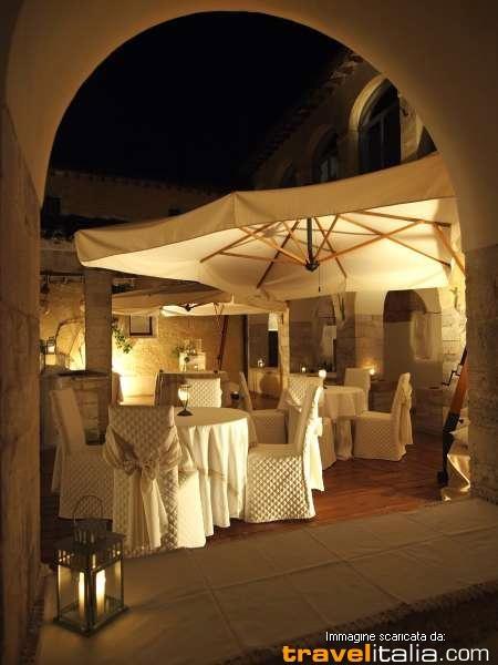 Google Image Result for http://s.travelitalia.org/data/ristoranti/images/0000027060001.jpg