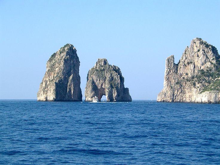 Rocks Capri Island Italy Wallpaper HD For Desktop Free Download
