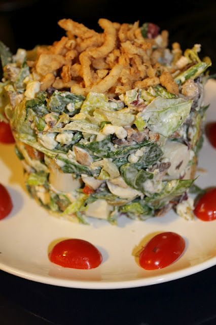 Ruth's Chris Steakhouse Chopped Salad: Perfect 1st course for Valentine Dinner at home