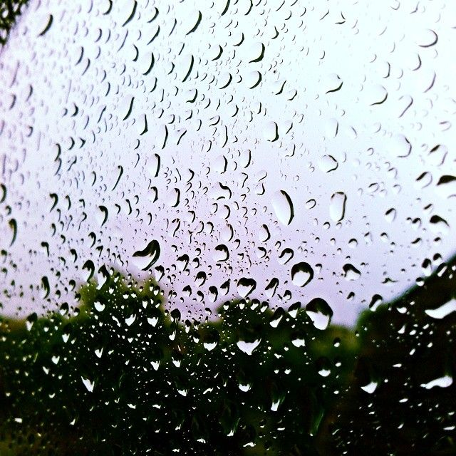 Such a Rainy day :/ #rainy #rainyday #today #nofilter #water #storm #beautiful #snapshot #raindrops #fff #f4f #lfl