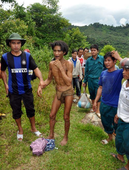 Le vrai tarzan retrouvé dans la jungle du Vietnam - http://www.2tout2rien.fr/le-vrai-tarzan-retrouve-dans-la-foret-vietnamienne/