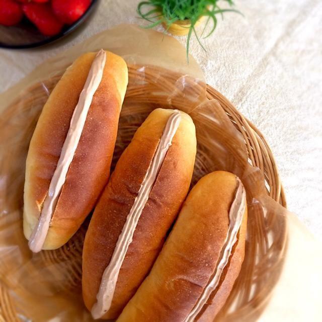 練乳入りの甘いパンに チョコクリームをサンドしました♪ - 31件のもぐもぐ - チョコクリームサンド♡ by sato*