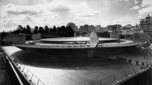Ginásio do Clube Atético Paulistano, 1957. Imagem Cortesia de Paulo Mendes da Rocha