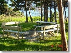 Oceanside cottage, Gros Morne