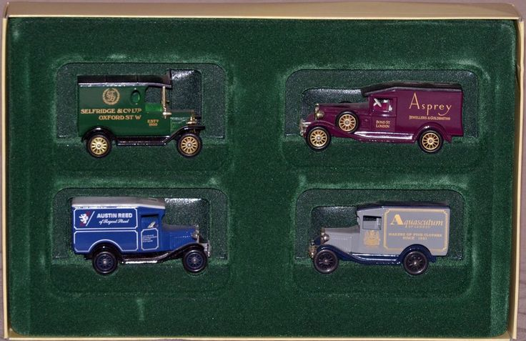 NIB LLedo Days Gone Models of Famous Stores of London, Special Vintage Collectio