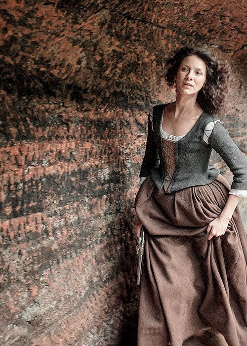 #Outlander, Caitriona Balf as Claire Fraser on Outlander ...................................