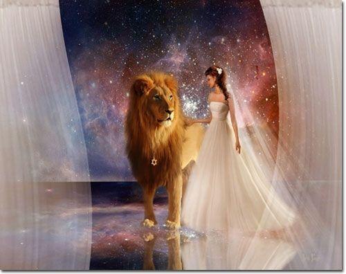 Elijah List Store - In His Presence - Lion of Judah -- by Jennifer Page, $19.00 (http://www.elijahshopper.com/in-his-presence-lion-of-judah-by-jennifer-page/)
