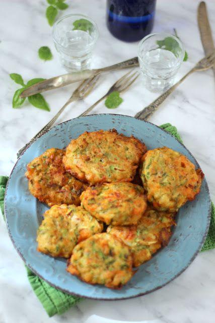 frittelle di pomodori e zucchine da Astypalaia