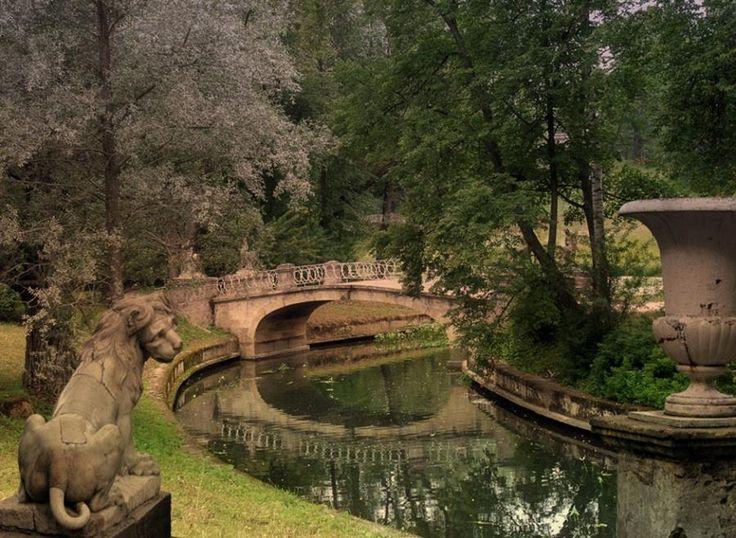 павловский парк http://img833.imageshack.us/img833/1706/alldayru1.jpg