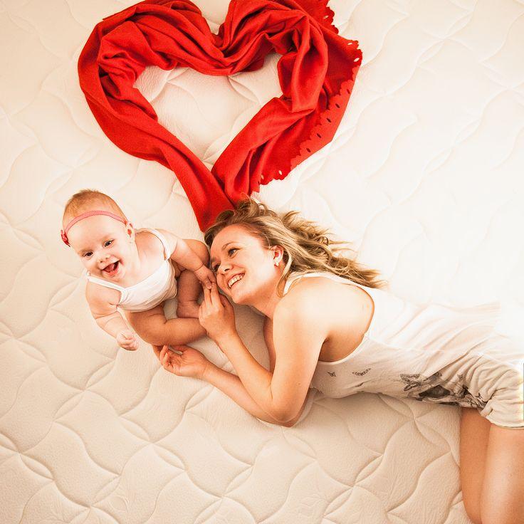 Мама и дочь, ребенок, любовь, семья, счастье