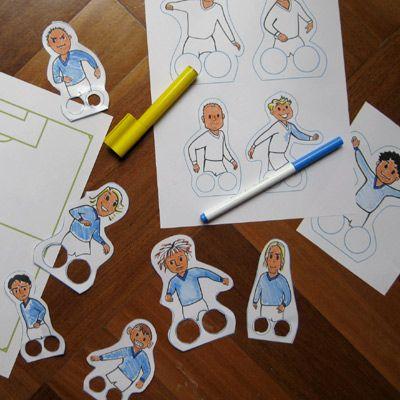 Esta atividade pode ser realizada tanto para trabalhar o futebol nas olimpíadas como na copa.  Imprima esses dedoches de jogadores de fut...