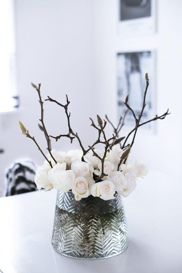 Roses in svenskt tenn