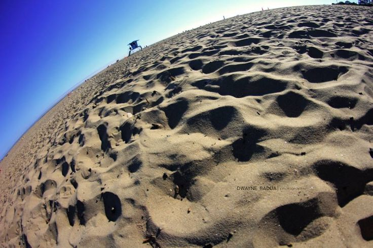 Sky above our heads, sands beneath the feet. Life is good.