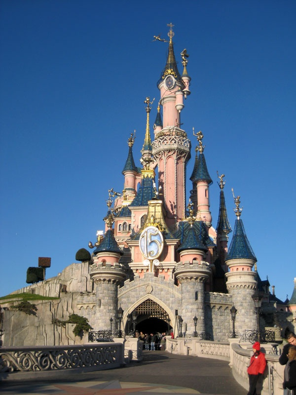 belle 39 s castle in france is this a real disney princess castle i love disney movies. Black Bedroom Furniture Sets. Home Design Ideas
