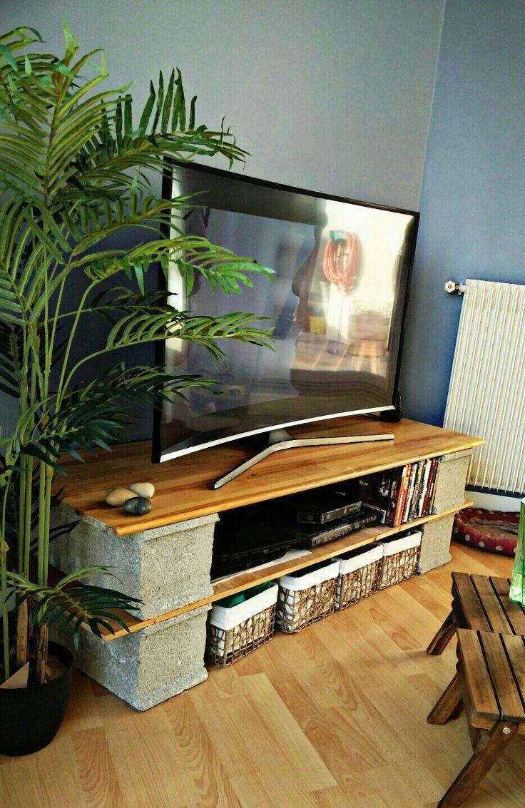 meuble tv dit parpaing et bois id e meuble tv pinterest parpaing meuble tv et tv. Black Bedroom Furniture Sets. Home Design Ideas
