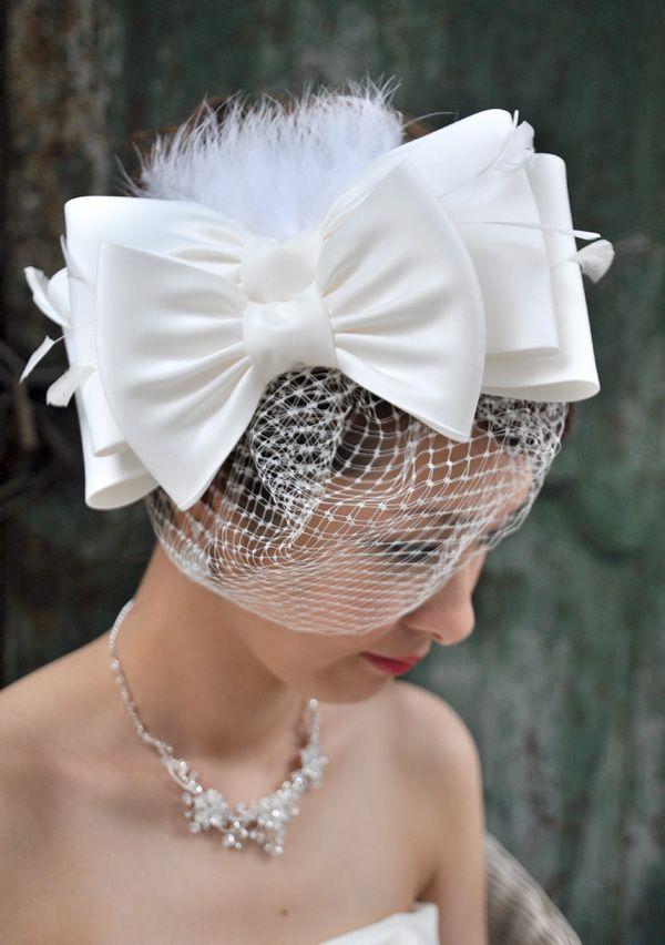 ヘッドドレス(髪飾り)【ウェディングハット】 シャポー・リボン