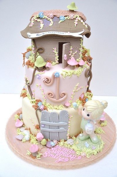 precious moment..this would be a great cake at my sisters baby shower but instead of the pink, make it blue: