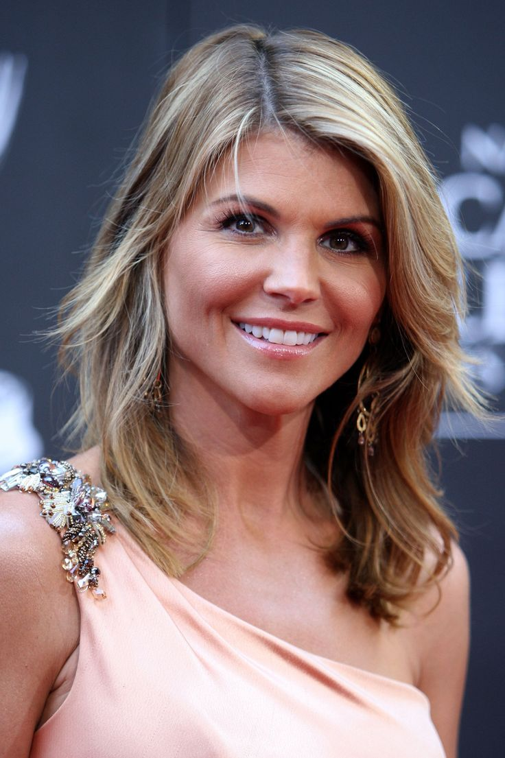 lori loughlin - photo #13
