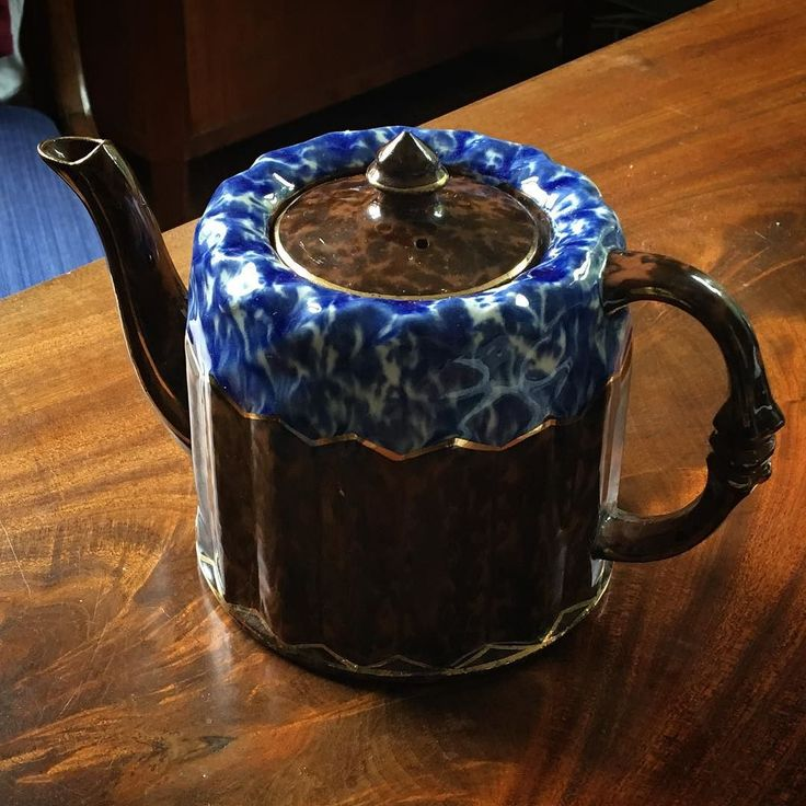 Formen är fri. Så här kan det också bli.  #tekanna #teapot #omg