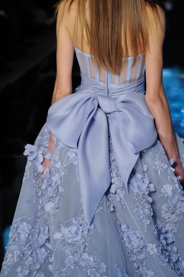 Zuhair Murad /lnemnyi/lilllyy66/ Find more inspiration here: http://weheartit.com/nemenyilili/collections/22262382-like-a-lady