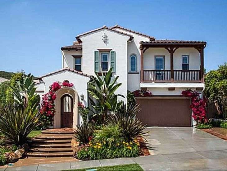 75 best frontyard landscape images on pinterest for Spanish style homes for sale near me