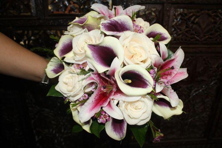 fallnwedding colors with purple | 2011 Fall Wedding Bouquet Trends