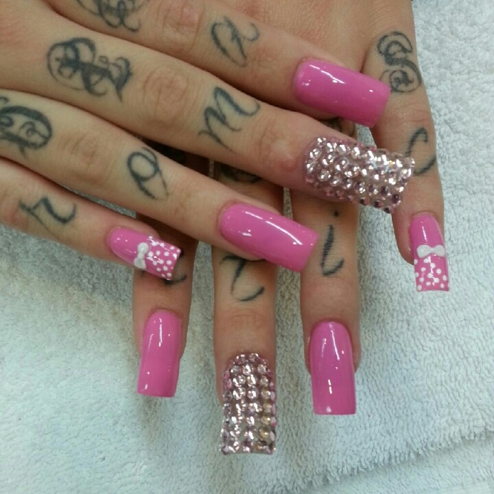 @botanicnails   acrylic nails with 3D designs