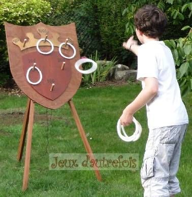 25 best ideas about jeux en bois on pinterest jeux d for Table jeu exterieur