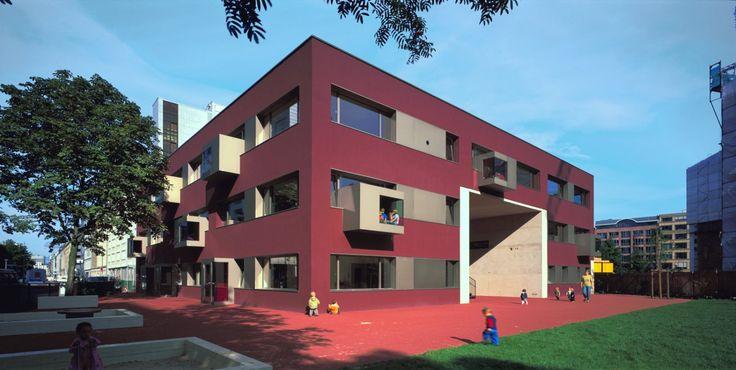 Gefaltete Dachlandschaft Kindertagesstätte Von Dorte: 12 Best Architekten Images On Pinterest