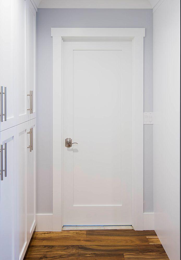 Shaker Style Interior Doors Primed White Solid Core 1 Panel Shaker Mission Style In 2020 Innenturen Weiss Franzosische Innenturen Und Innenstallturen