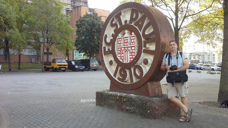 Sankt Pauli, il cuore pulsante della città. St.Pauli, the heart of the city.