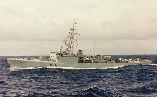 HMCS GATINEAU (2nd)  HMCS Gatineau (DDE 236) was a Restigouche-class destroyer that served in the Royal Canadian Navy and later the Canadian Forces from 1959-1996. She was the third ship in her class and the second vessel to carry the designation HMCS Gatineau.    Gatineau was laid down on 30 April 1953 at Davie Shipbuilding Ltd., Lauzon and launched on 3 June 1957. She was officially commissioned into the RCN on 17 February 1959 and carried the pendant number 236 as a destroyer escort.  .