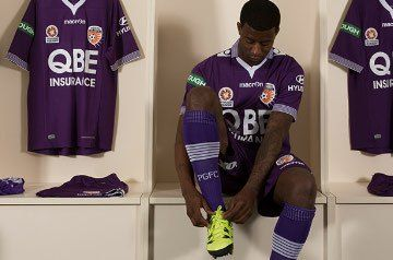 Perth Glory FC 2015/16 Macron Home Kit