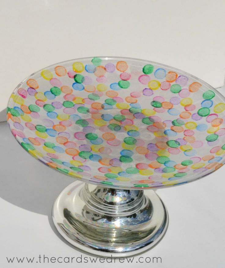 Crystal Clear Off Set Cake Stands