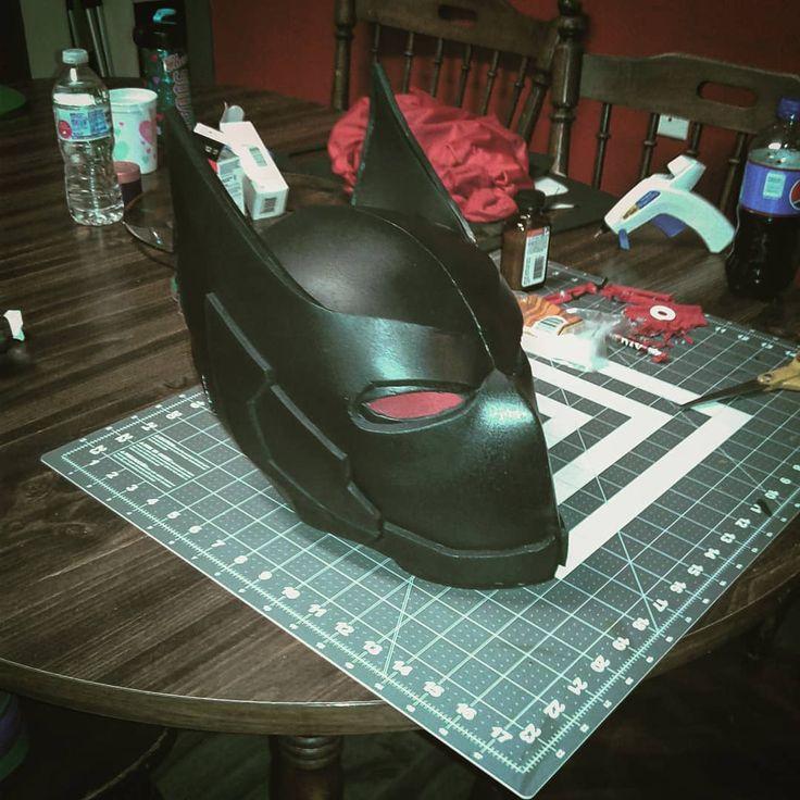 A first draft of a Batman Beyond mask. Turned out pretty good overall. #batman #batmanbeyond #dc #cosplay #masks