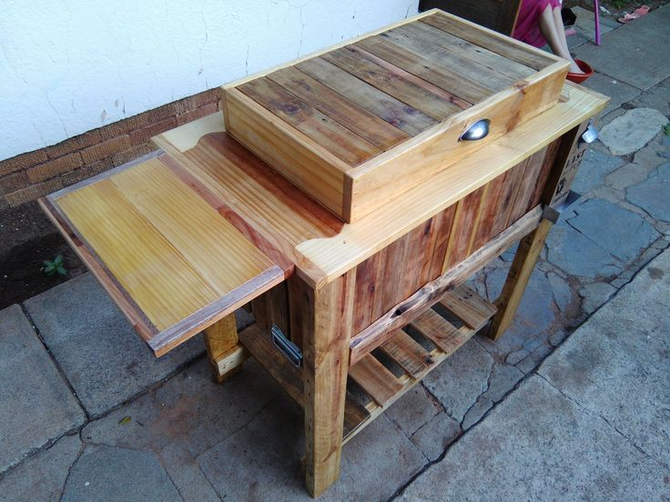 Pallet Cooler box Stand