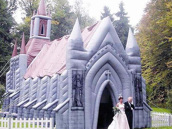 Надувная церковь, Голландия.
