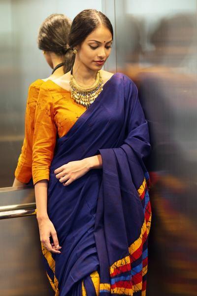 Desert Night Batik Saree www.fashionmarket.lk free shipping to india