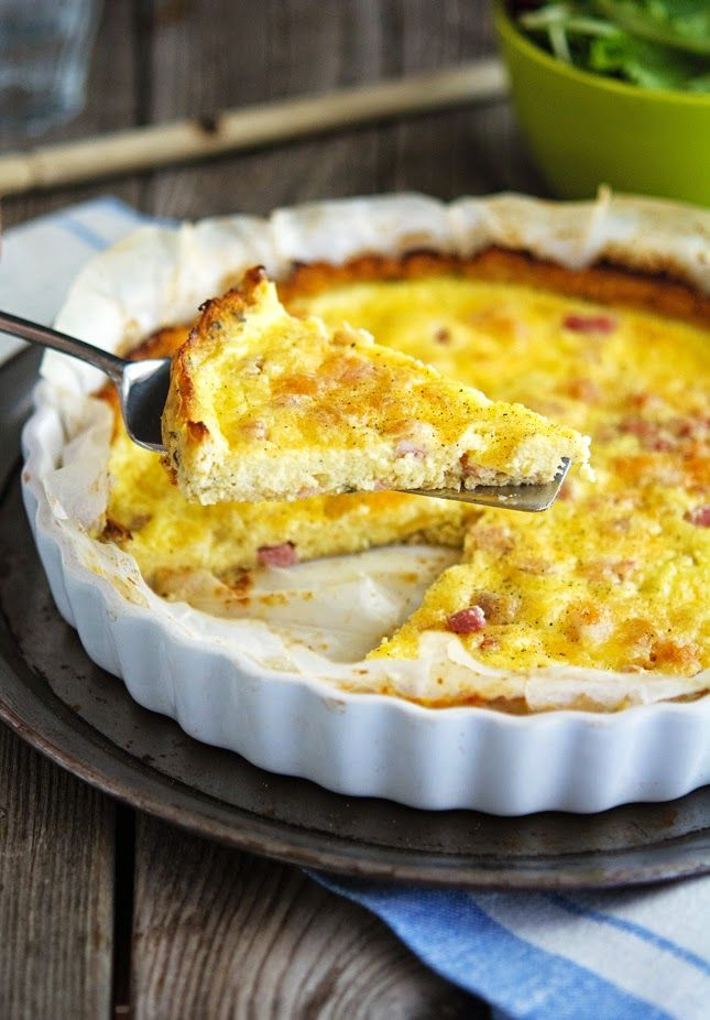 Cauliflower Crust Quiche Lorraine from The Iron You, featured in the Deliciously Healthy Low-Carb Recipes round-up from November 2014. #DeliciouslyHealthyLowCarb