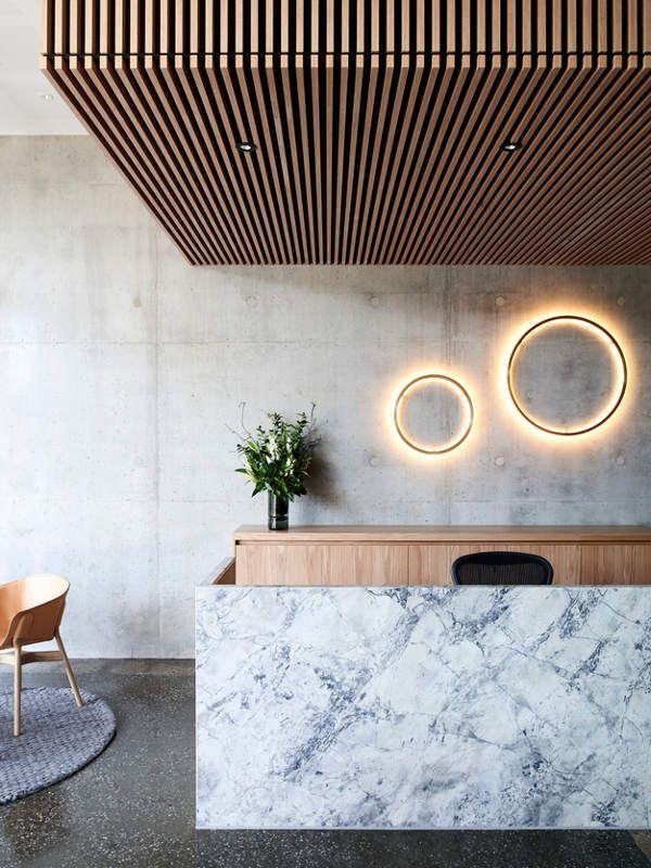 Die besten 25+ Holzlamellen wand Ideen auf Pinterest Fliese - interieur mit holz lamellen haus design bilder