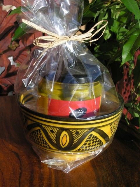 Small Moroccan bowl with olives gift set. http://www.maroque.co.uk/showitem.aspx?id=ENT00991&p=01570&n=all