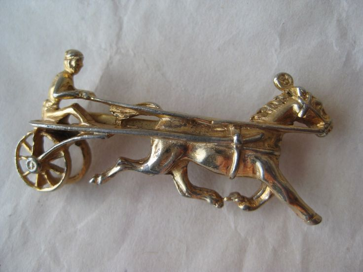 Shabby Harness Racing Brooch Gold Vintage Pin Horse Sulky by vintagejewelryalcove on Etsy https://www.etsy.com/listing/269871573/shabby-harness-racing-brooch-gold
