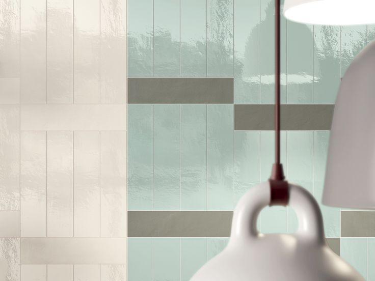 Collezione ceramica d'alta qualità. Ispirazione e punto di partenza del progetto derivano dalla tradizione mosaica poi traspositata in un formato di piastrella 7,5 x 30 cm di piccole dimensioni che rievoca la costa del mattone edile. CREO è intervenuto attraverso studi di tendenze mettendo al centro il trend dominante del geometrico con l'intento di creare un prodotto di design d'alto livello.