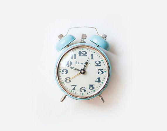 RESERVED for Sam///Vintage soviet mechanical alarm clock with bells VITJAZ - working condition