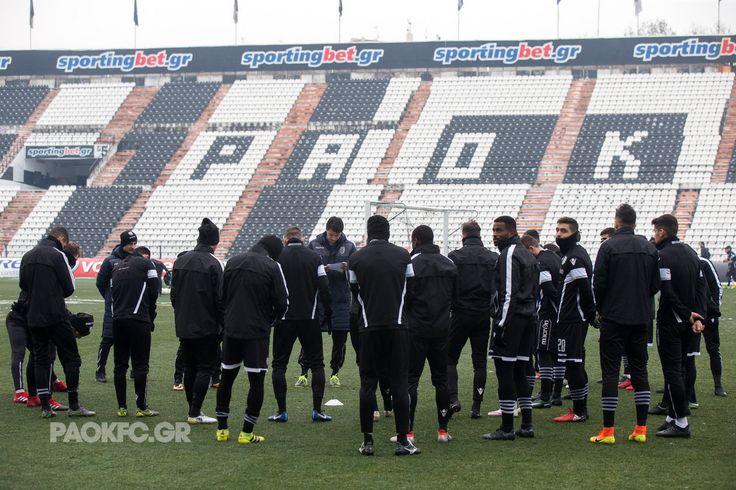 Φωτογραφικό υλικό από το πρόγραμμα των παικτών του Δικεφάλου στην έδρα της ομάδας.
