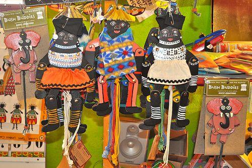 The Crafty Crow: Crafts Around The World | African art projects, African  art, South african art