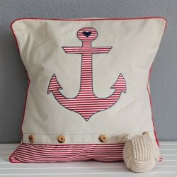 Learn how to make your own anchor and starfish pillow!